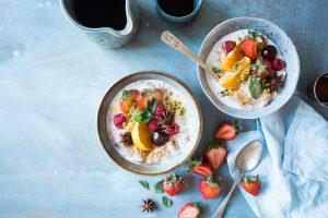 Porridge served with fresh fruit